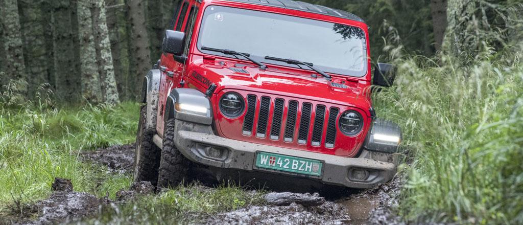Jeep Wrangler ikonisk terrängbil som blivit än bättre på allt