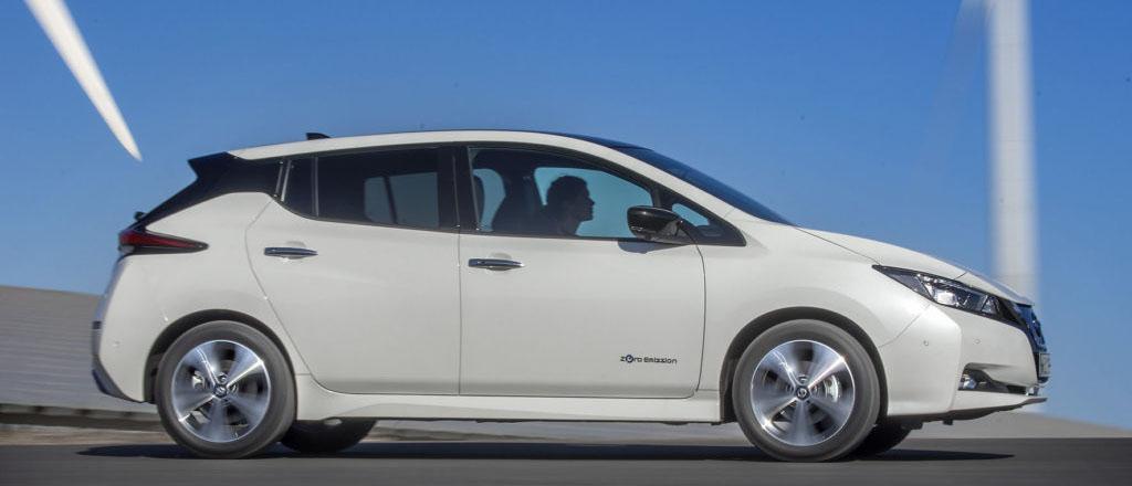 En elbil som i mångt och mycket är överlägsen dagens förbränningsmotorbilar och ger hopp om just en hållbar personlig mobilitet.