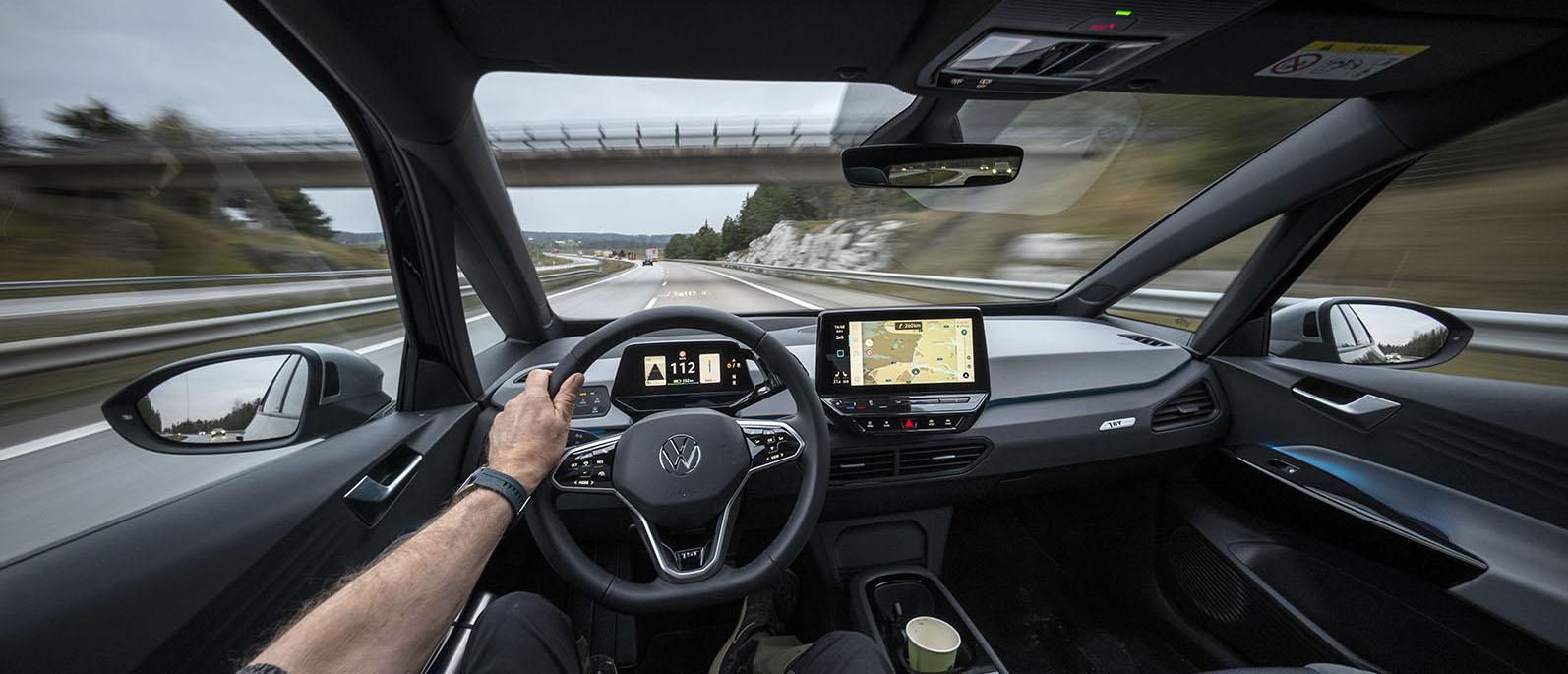 Genom Sverige med Sveriges mest sålda bil, en laddupplevelse signerad CCS!